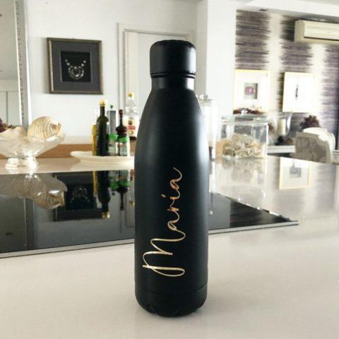 botella personalizada negra con nombre