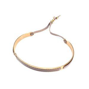 Collar elegante color oro bodelei